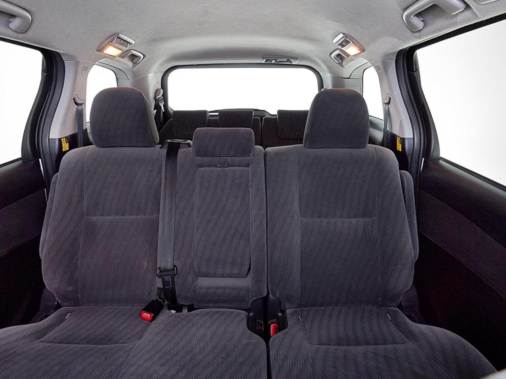 8 seater interior seats